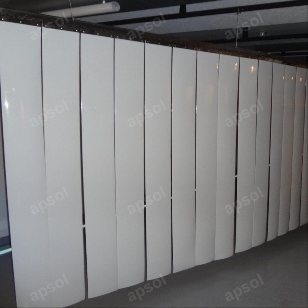 Lanière blanc opaque pvc souple apsol